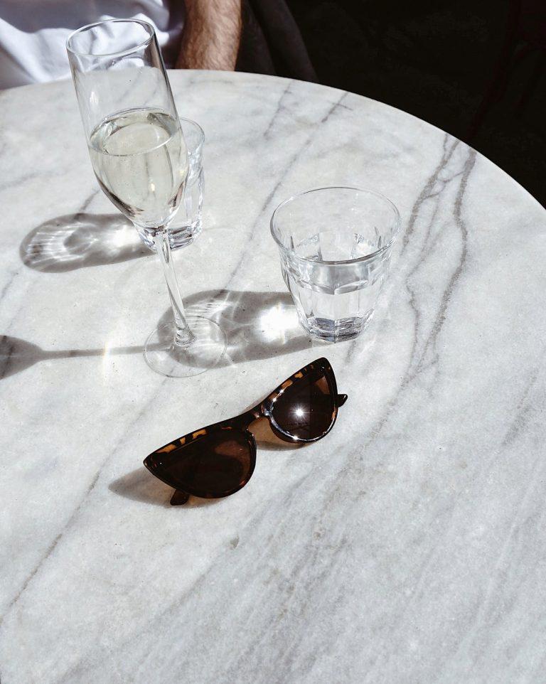 Praktyczne szklanki do napojów